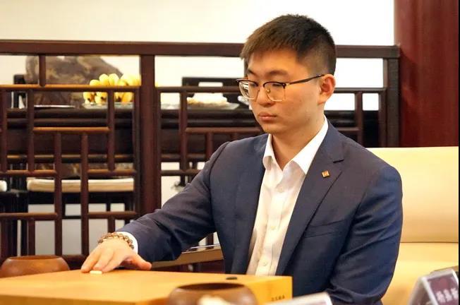 天元易主连霸止步 天元赛决胜局杨鼎新屠龙胜连笑